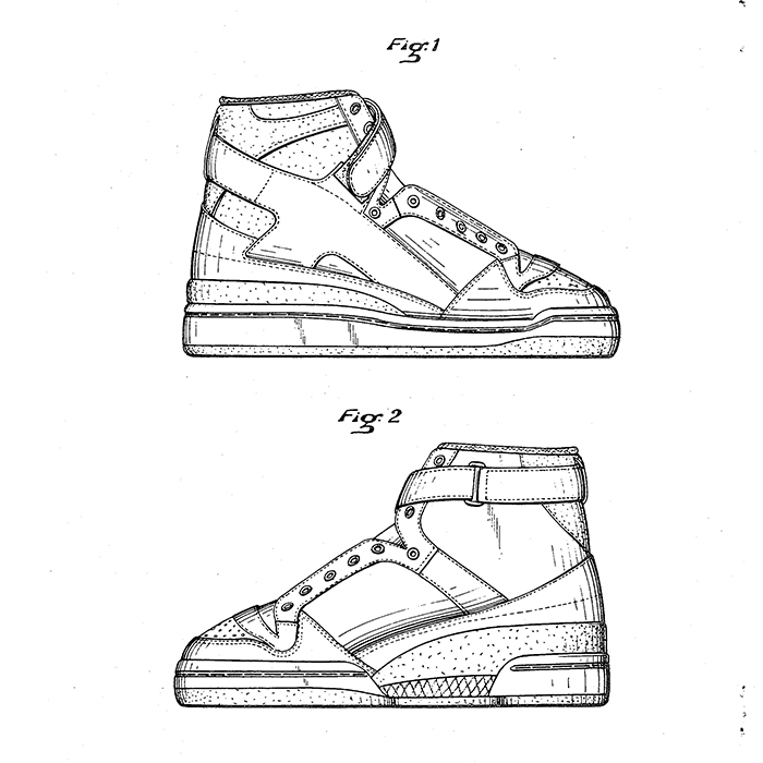 High-top shoe